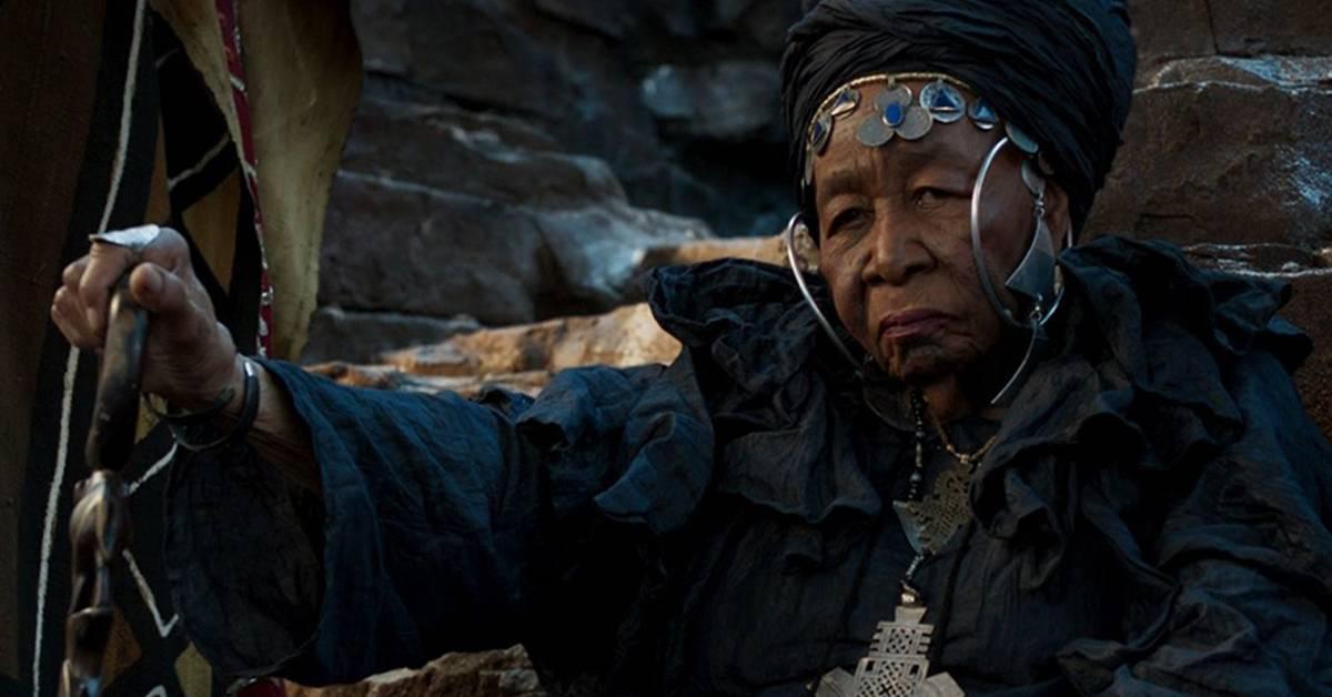 《黑豹》又一演员病逝!95岁部落长老拍到一半病逝了!