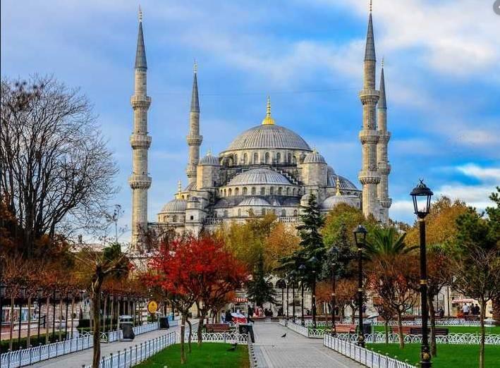 TIP BERCUTI DI ISTANBUL, TURKI ALA BACKPACKER | Portal Berita ...