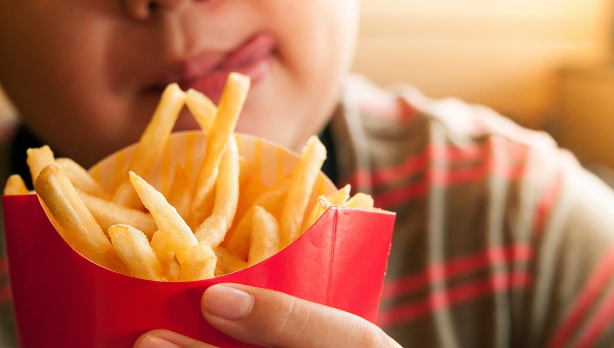 专家教你吃快餐却不破坏减肥计划的方法!内附各家快餐店美食热量指数表!