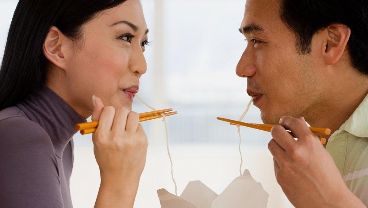 已婚男士吃东西时别这么做!懂的都会避开,否则会影响感情!
