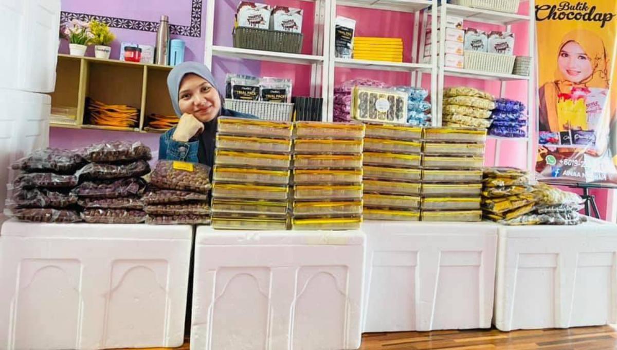 大马母亲卖巧克力狂赚超过500万!经历房子被烧,咬紧牙根踏上成功之路!