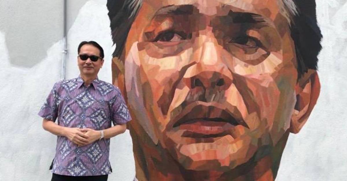 卫生总监诺希山出现在壁画旁!大赞国人强烈的爱国精神!