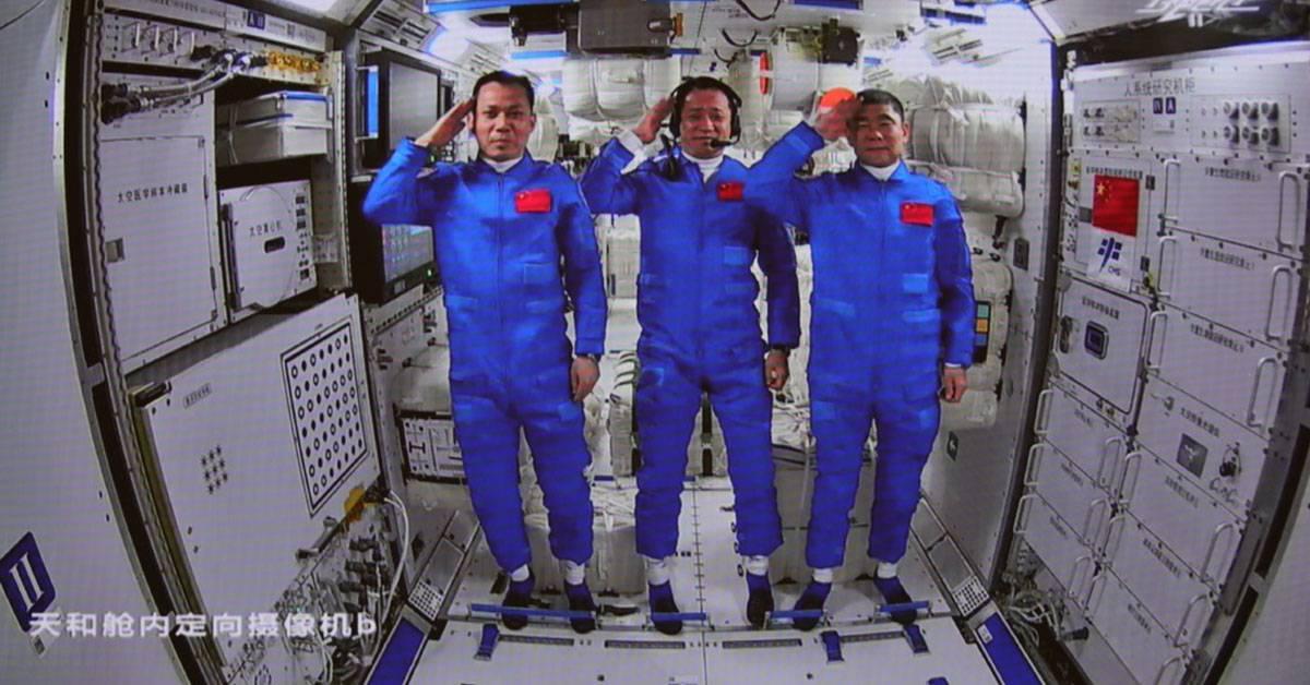 中国成功进驻自己的空间站!掀开中国航天史新章节!