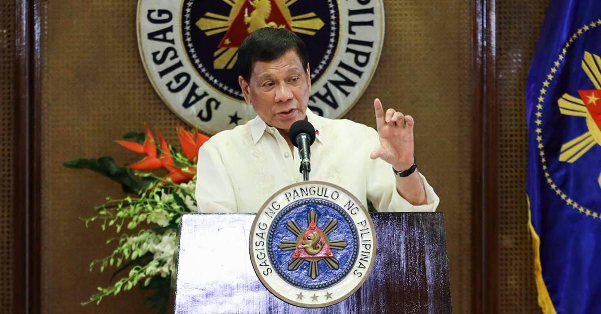 菲律宾总统打脸自己!反口称不愿公开施打疫苗,背后原因超害羞!