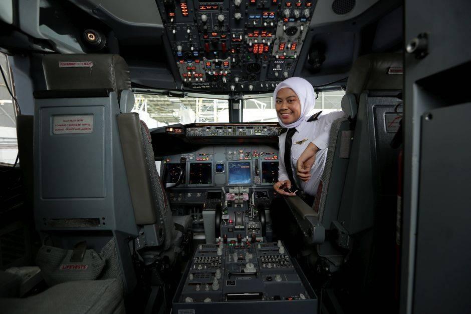 参与运疫苗回国飞行任务!23岁女机师:性别不是问题!