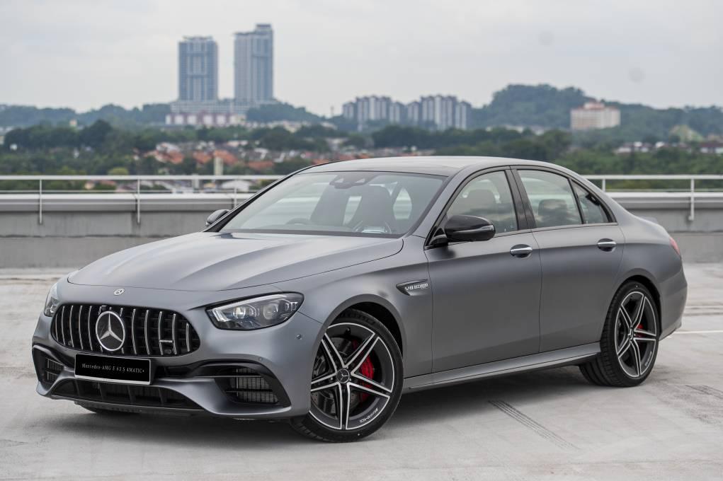 全新Mercedes-Benz AMG E 63 S 4MATIC+ ! 4.0 升 V8 双涡轮增压引擎,0-100km/h 3.4 秒!