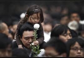 中国明日全国哀悼!病逝者家属求公道!