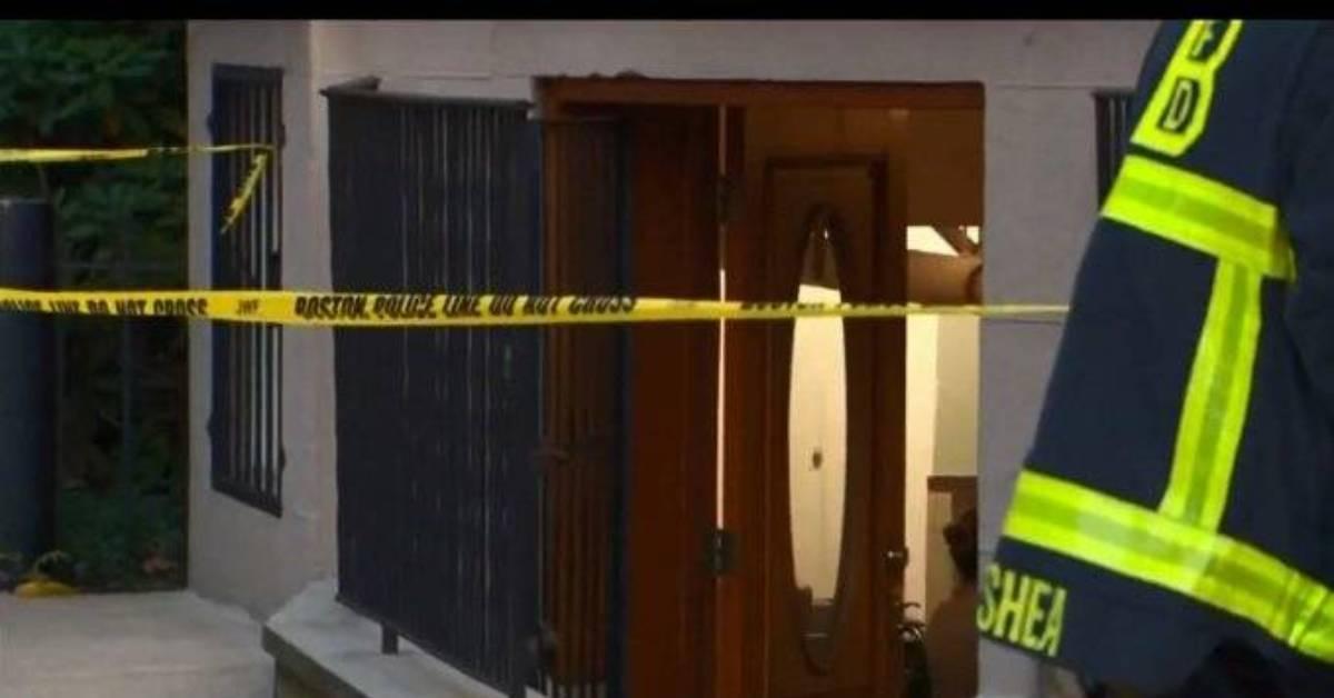 搬东西进电梯竟发生意外!美女大学讲师当场意外身亡!