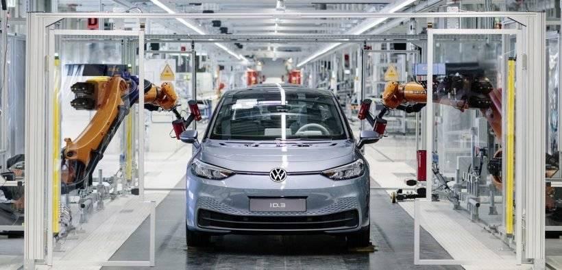 王者宝座恐不保?分析师:Volkswagen 电动车销量2025年有望超越Tesla!